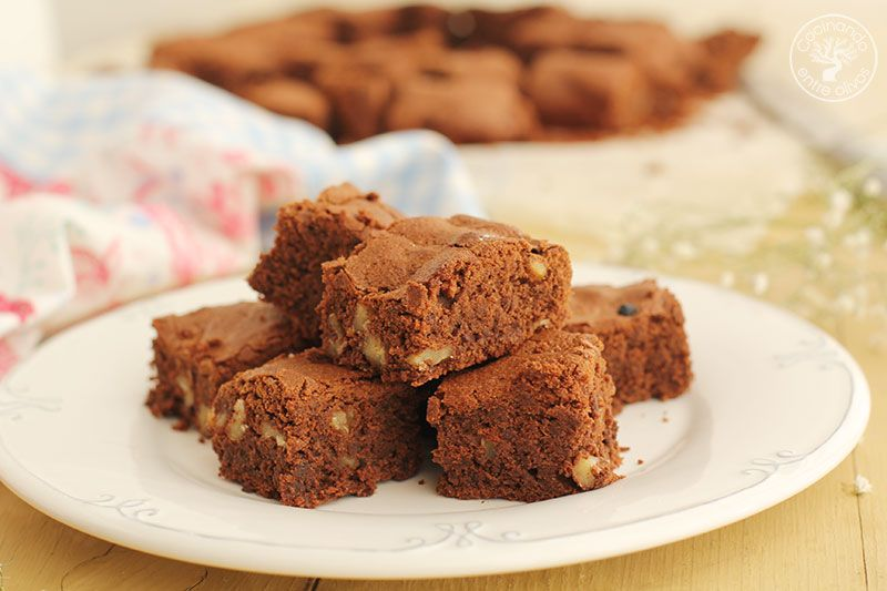 Brownie-de-chocolate-y-nueces-receta-(1)
