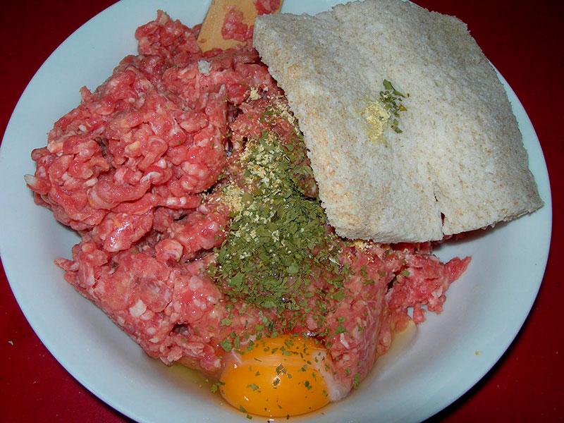 Albóndigas en salsa de almendras
