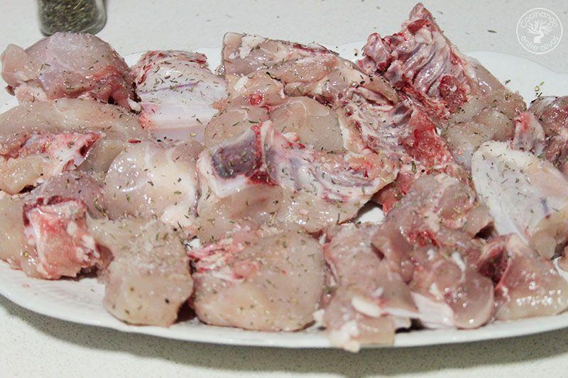 Pollo al ajillo receta Cocinando entre olivos (1)