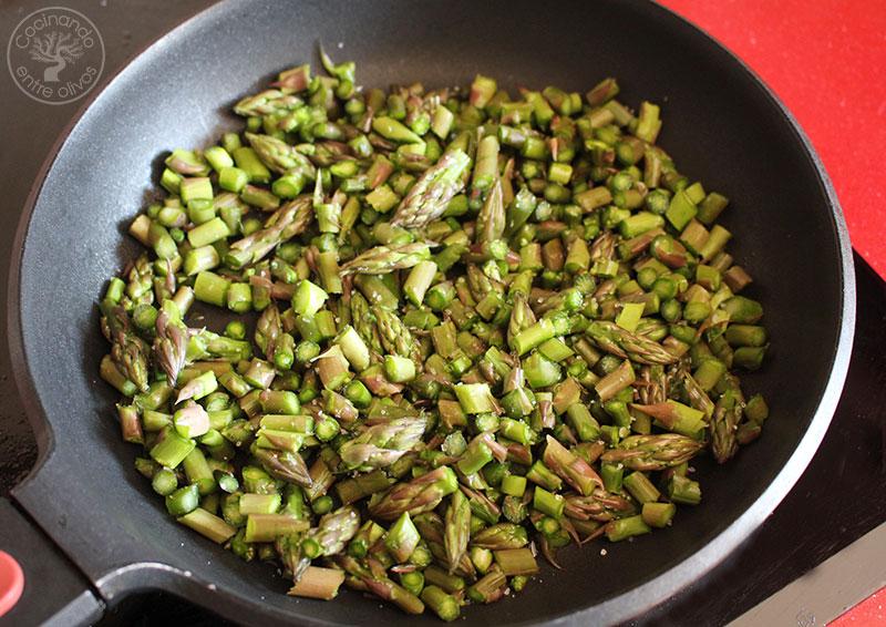 Tortilla de espárragos verdes