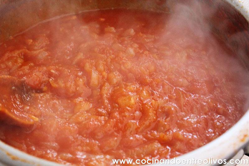 Bacalao encebollado con tomate de Jaén