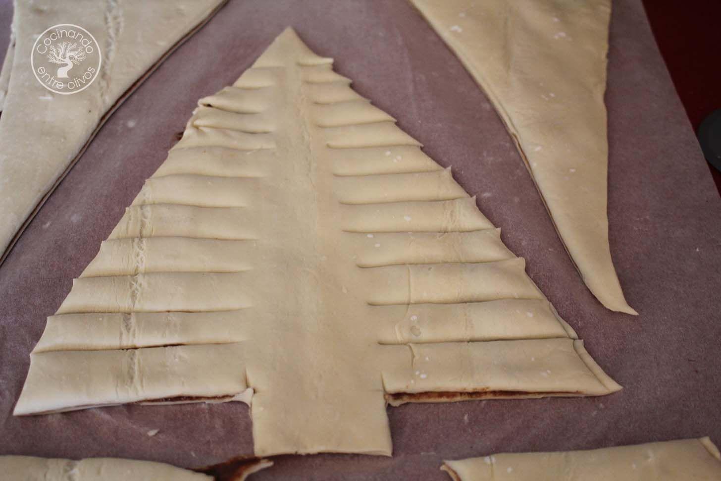 Arbol de navidad de hojaldre y chocolate 14 cocinando for Cocinando entre olivos navidad