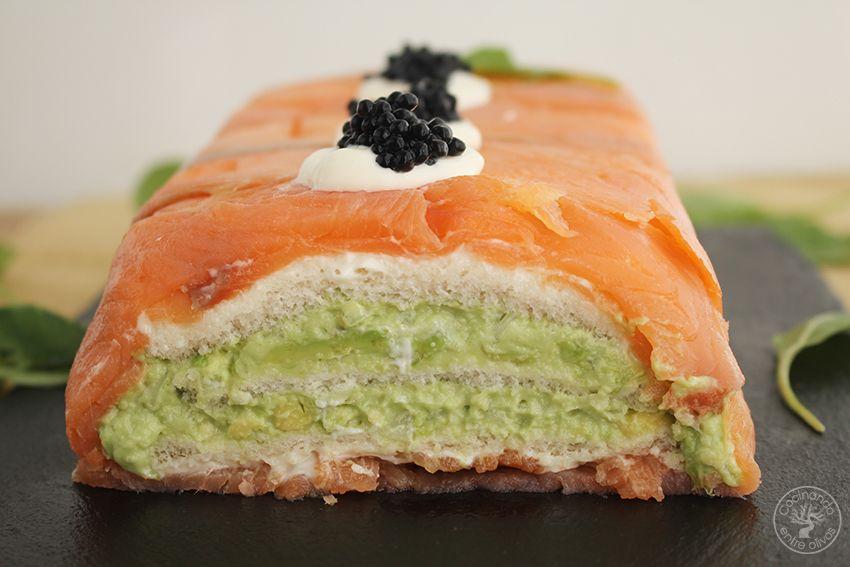Cómo hacer Pastel de salmón ahumado, aguacate y pan de molde paso 15
