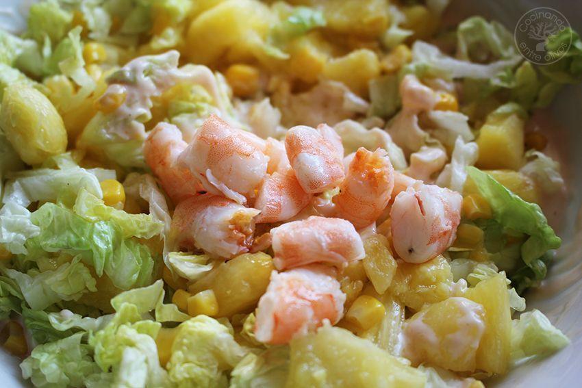 Piña rellena langostinos www.cocinandoentreolivos.com (16)