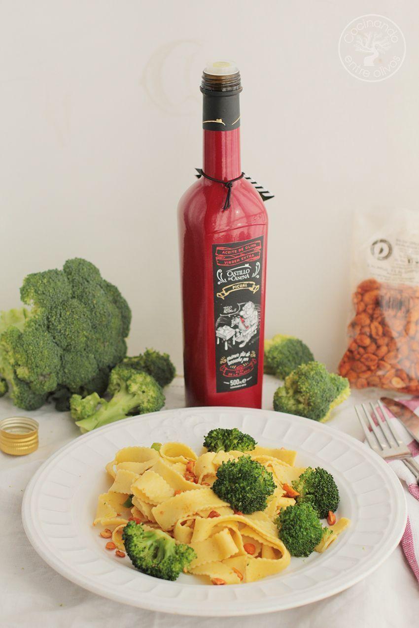 Tallarines con brocoli, cacahuetes al chipotle y aceite de oliva virgen extra (14)