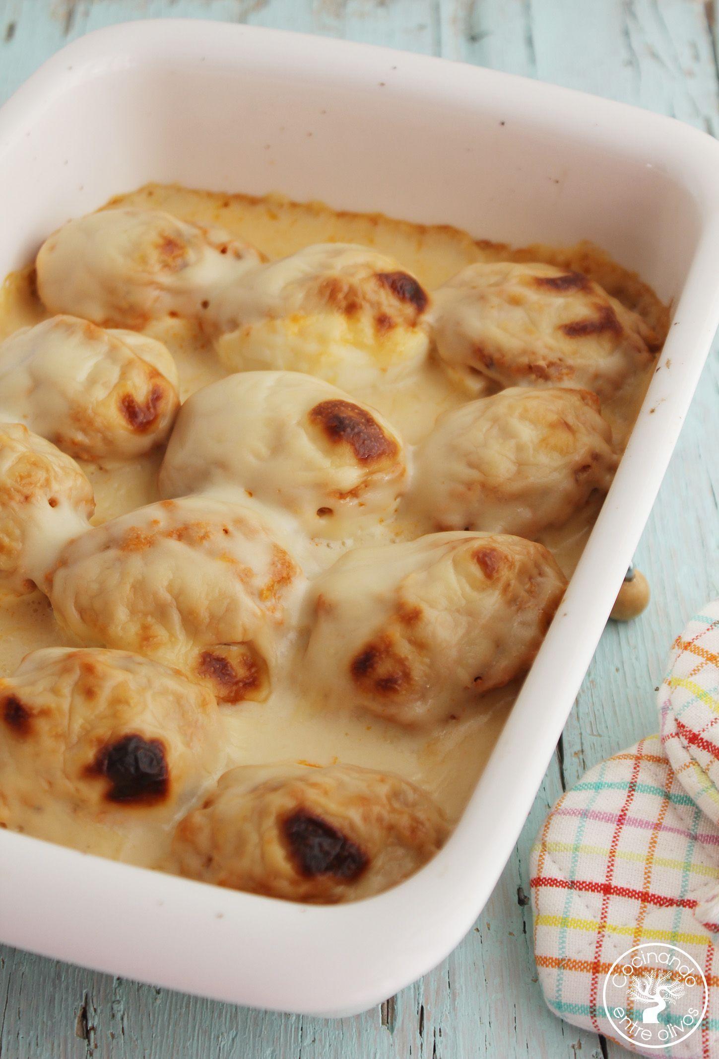 Huevos rellenos de pollo www.cocinandoentreolivos.com (1)