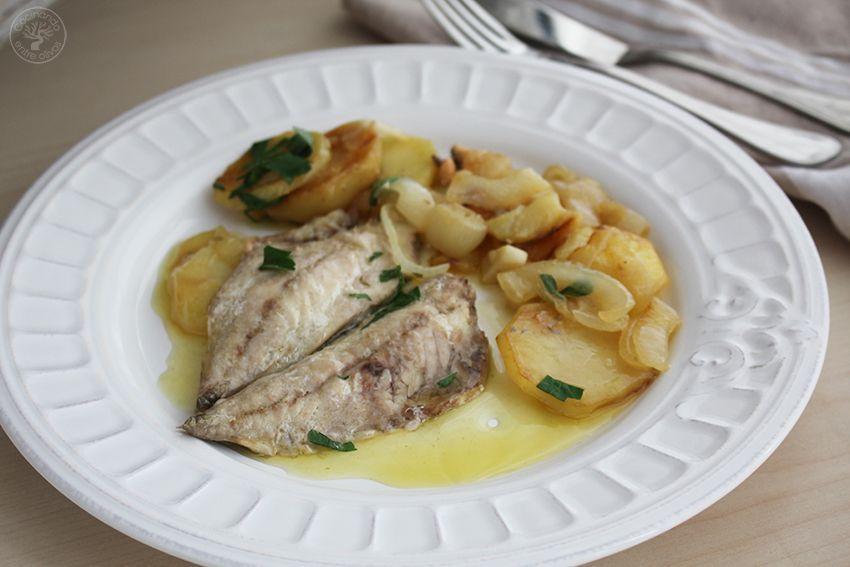 Jureles guisados con cebolla y patata www.cocinandoentreolivos.com (1)