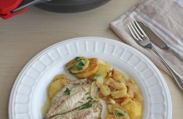 Jureles guisados con cebolla y patata www.cocinandoentreolivos.com (2)