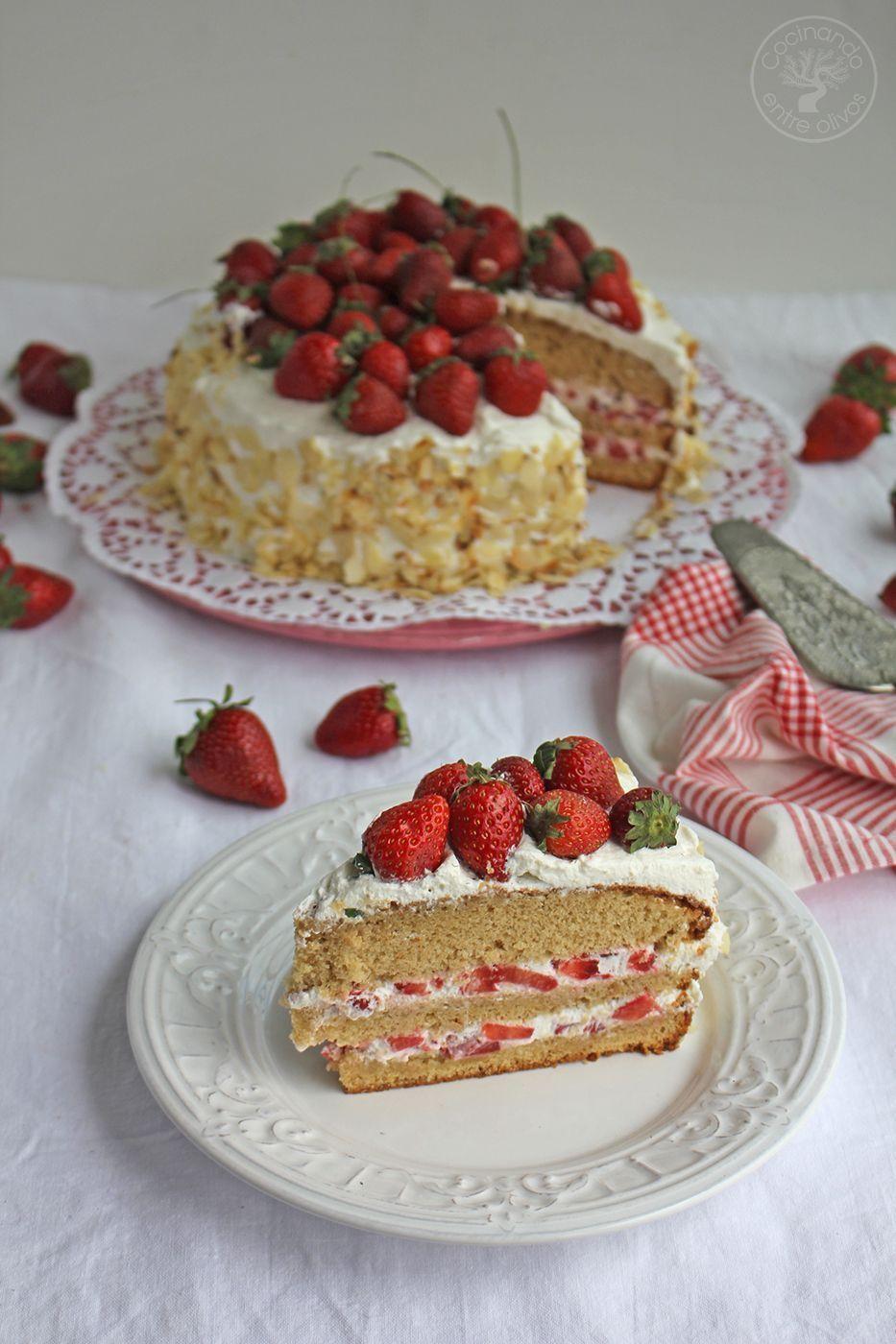 Tarta de fresas con nata www.cocinandoentreolivos.com (30)
