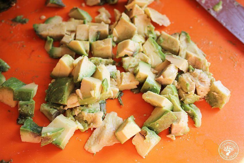 Quesadillas de chorizo criollo y agucate www.cocinandoentreolivos.com