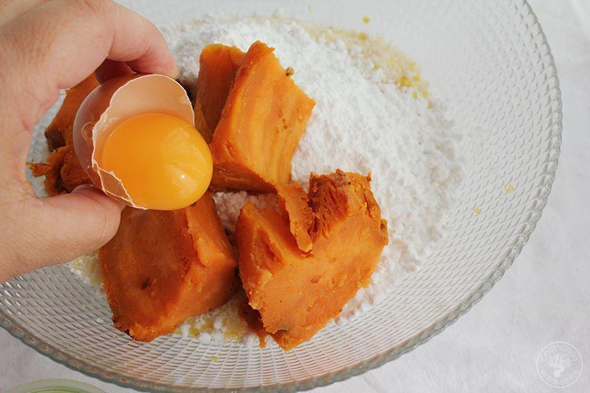 Panellets de coco, almendra y boniato www.cocinandoentreolivos.com (9)