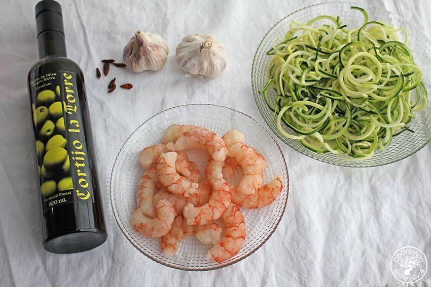 Espaguetis de calabacin con gambones al ajillo www.cocinandoentreolivos.com (1)