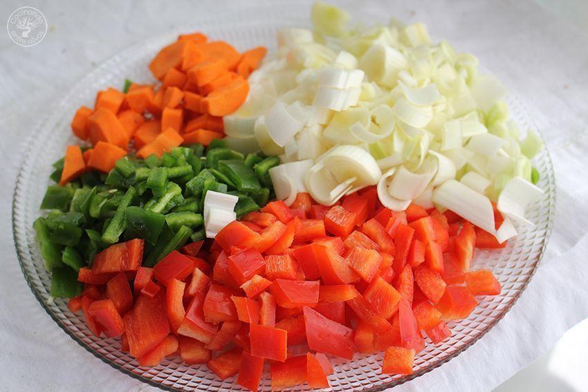 Garbanzos con tagarninas y chorizo www.cocinandoentreolivos.com (3)