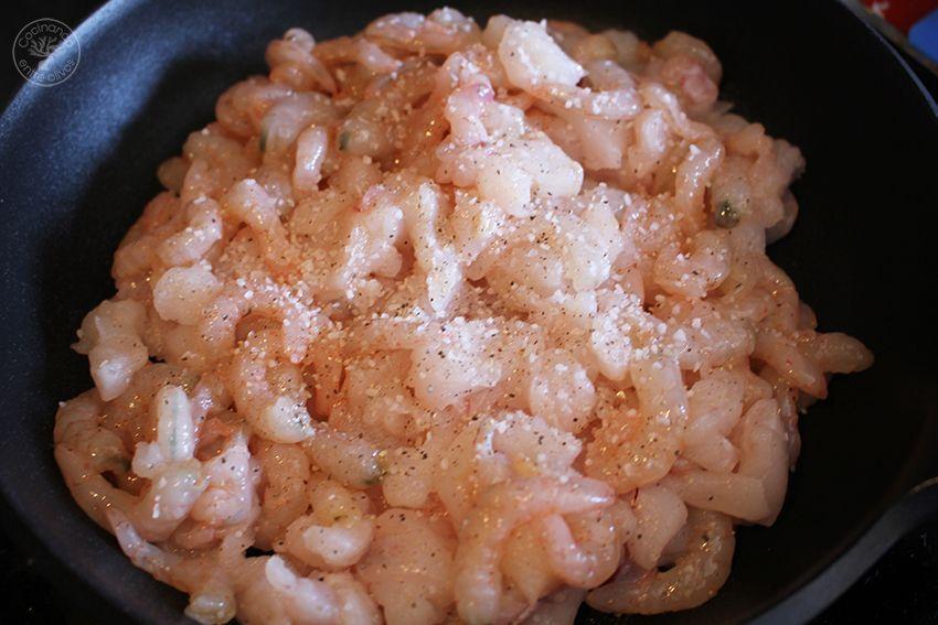 Pastel de rape y gambas al vermú o vermut www.cocinandoentreolivos.com (2)