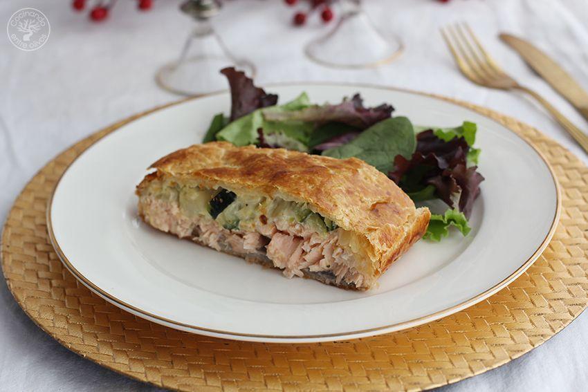 Salmon en hojaldre con calabacin y puerro receta www.cocinandoentreolivos.com (15)