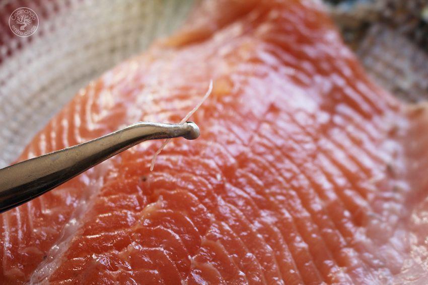Salmon en hojaldre con calabacin y puerro receta www.cocinandoentreolivos.com (5)