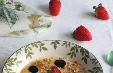 Crema de chocolate blanco con mermelada de aceituna negra y frutos rojos (38)