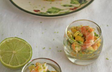 Tartar de aguacate, mango y langostinos (1)