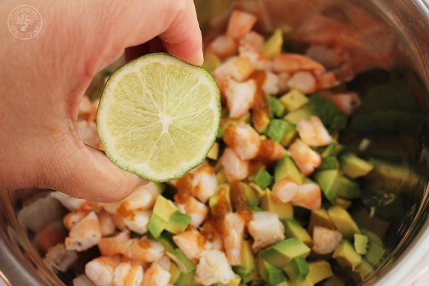 Tartar de aguacate, mango y langostinos (10)