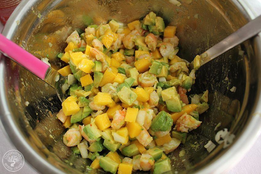 Tartar de aguacate, mango y langostinos (12)