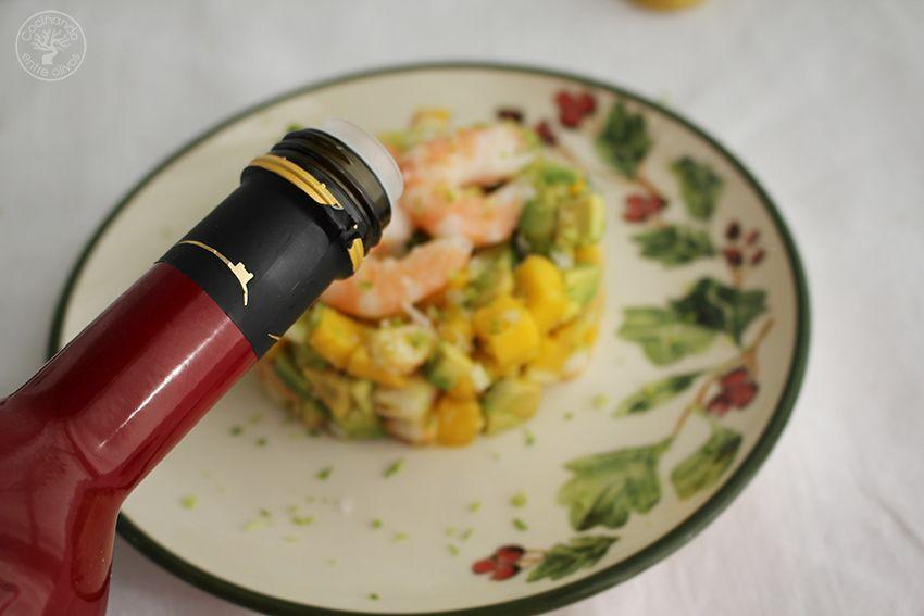Tartar de aguacate, mango y langostinos (20)