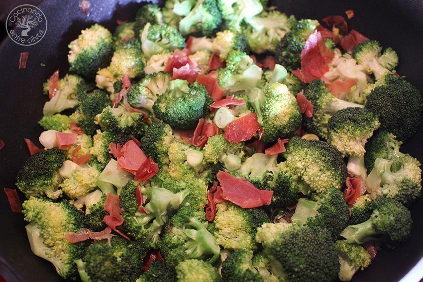 Brocoli-gratinado-con-jamon-y-queso-www.cocinandoentreolivos14