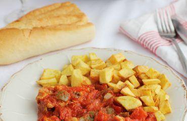 Carne con tomate (25)