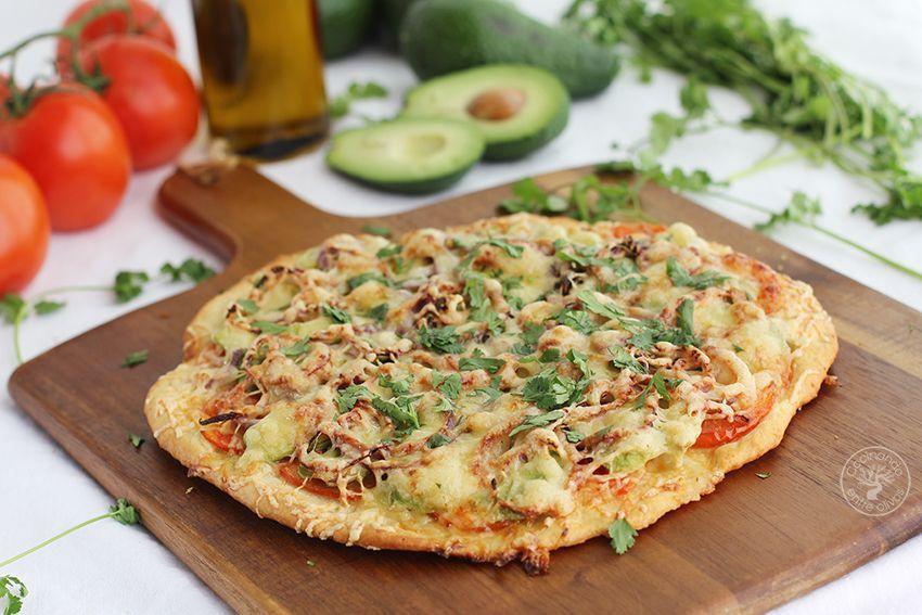 Pizza de aguacate www.cocinandoentreolivos.com (1)