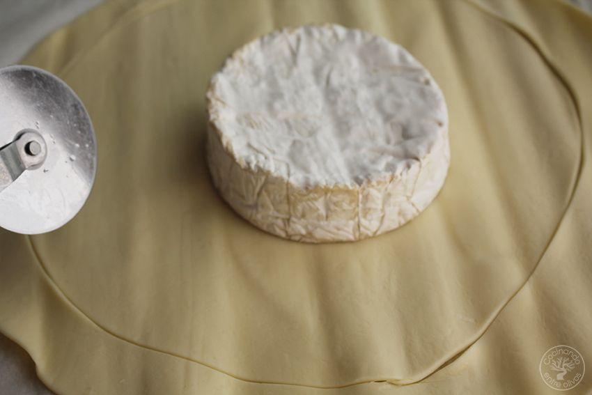 Hojaldre relleno de queso y mermelada www.cocinandoentreolivos.com (6)