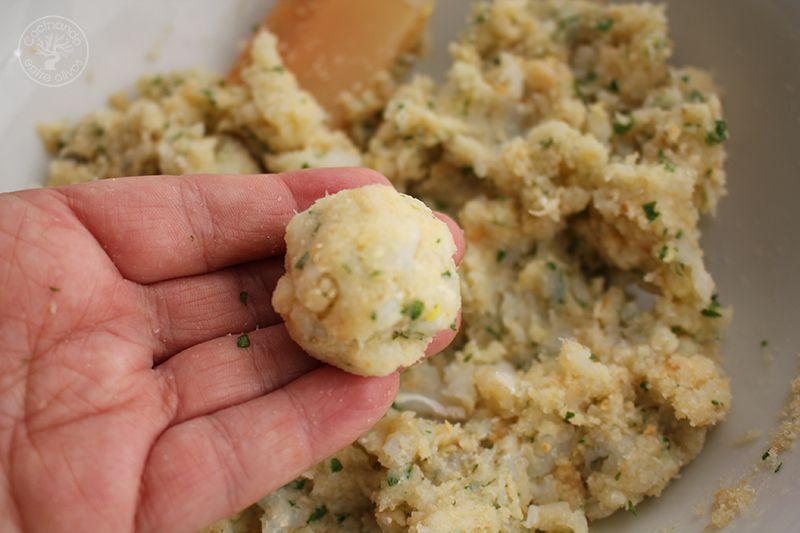 Albondigas de bacalao receta www.cocinandoentreolivos.com (12)