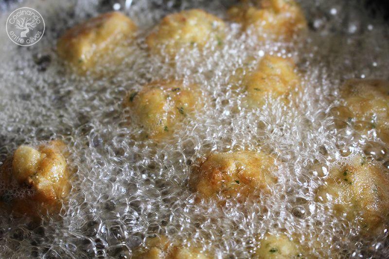 Albondigas de bacalao receta www.cocinandoentreolivos.com (18)