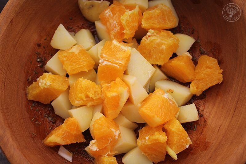 Ensalada de invierno con naranja y pan de higo www.cocinandoentreolivos.com (8)