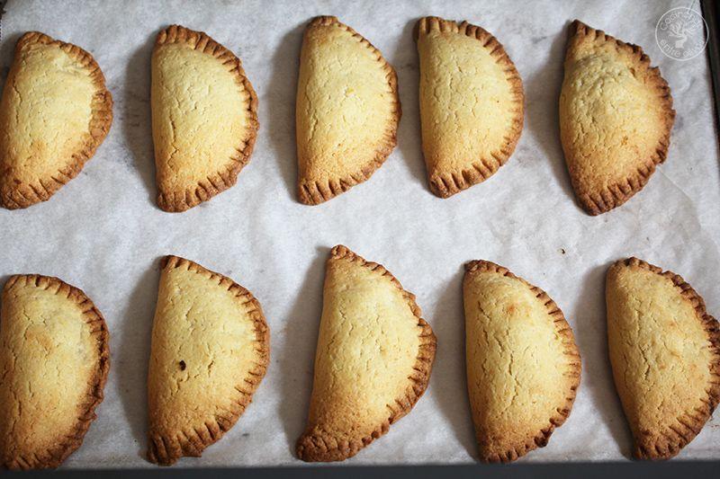 Robiols o Empanadillas de requeson receta www.cocinandoentreolivos.com (3)