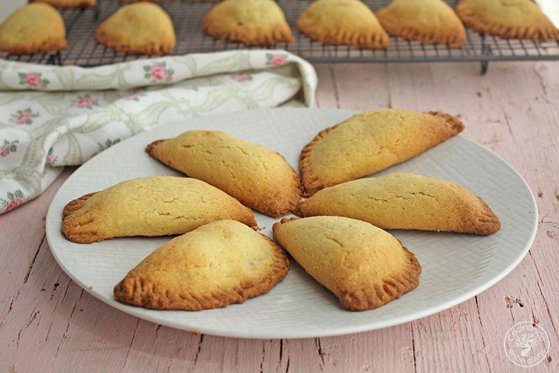 Robiols o Empanadillas de requeson receta www.cocinandoentreolivos.com (6)