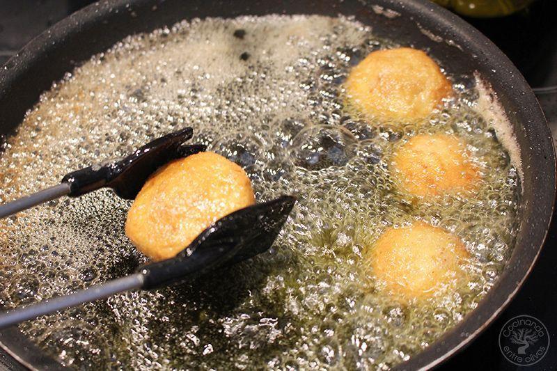 Champiñones rellenos de jamón york y queso receta www.cocinandoentreolivos.com (3)