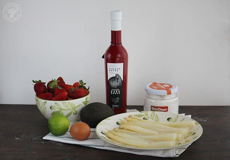 Esparragos blancos frescos con mayonesa de aguacate receta (11)