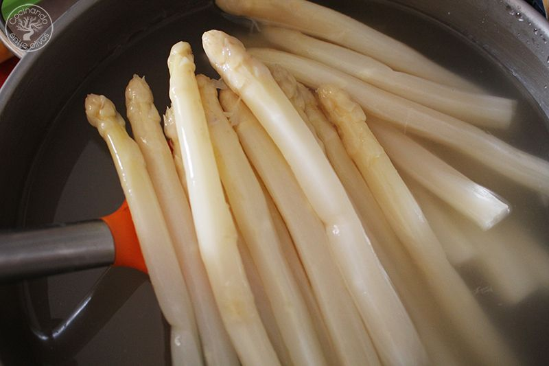 Como cocer esparragos blancos frescos