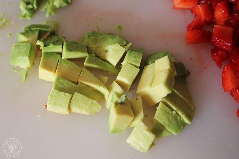 Esparragos blancos frescos con mayonesa de aguacate receta (7)