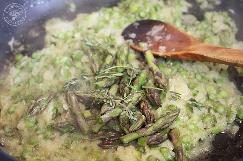 Pasta con esparragos verdes receta www.cocinandoentreolivos.com (15)