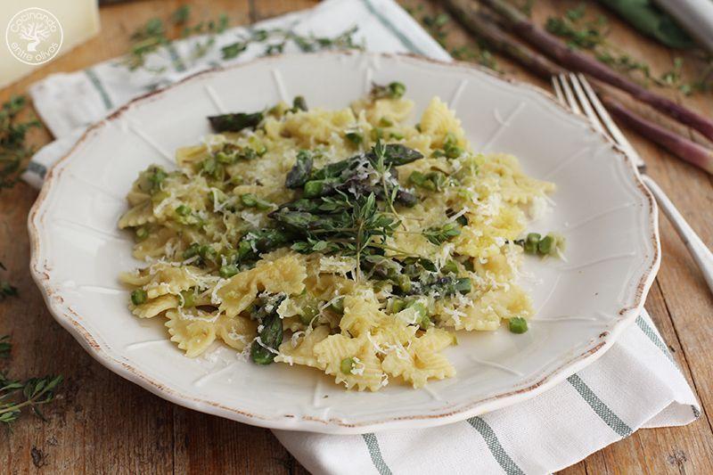 Pasta con esparragos verdes receta www.cocinandoentreolivos.com (4)