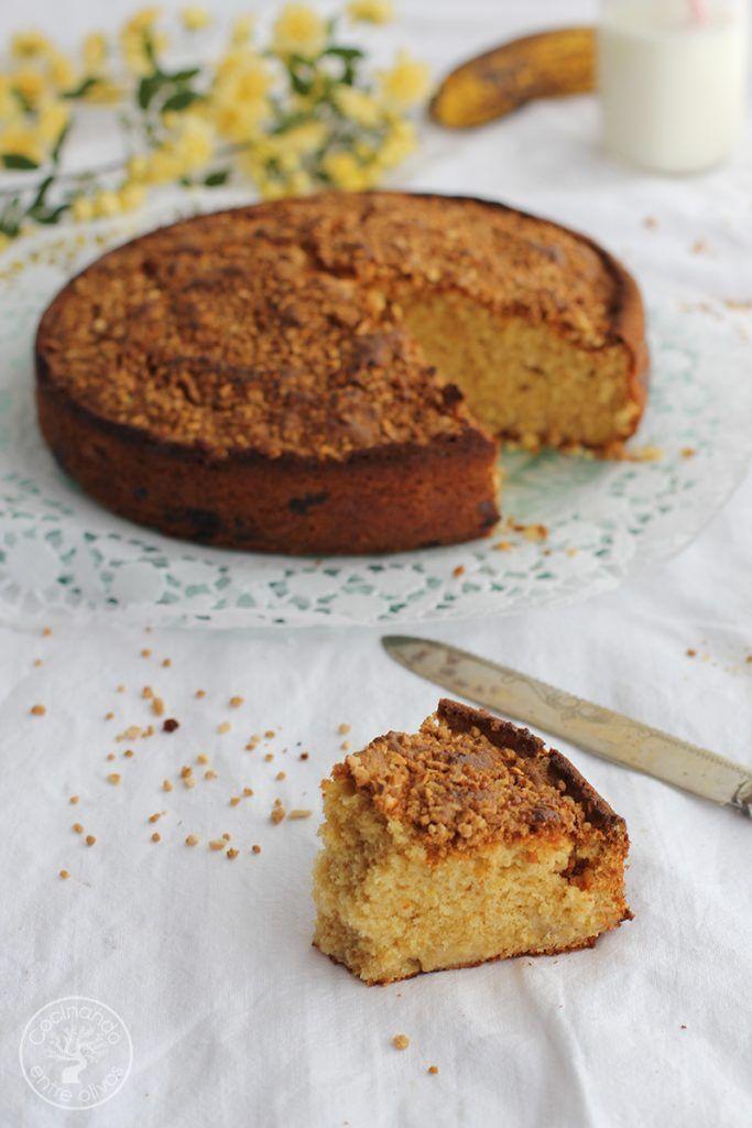 Bizcocho de platano y almendra receta www.cocinandoentreolivos.com (3)