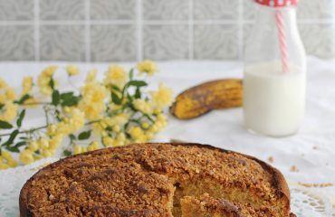 Bizcocho de platano y almendra receta