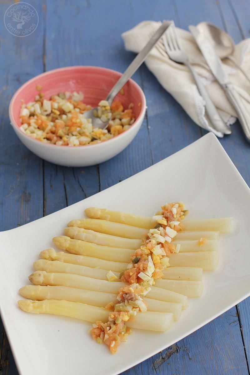 Esparragos blancos con vinagreta de salmon ahumado receta (12)