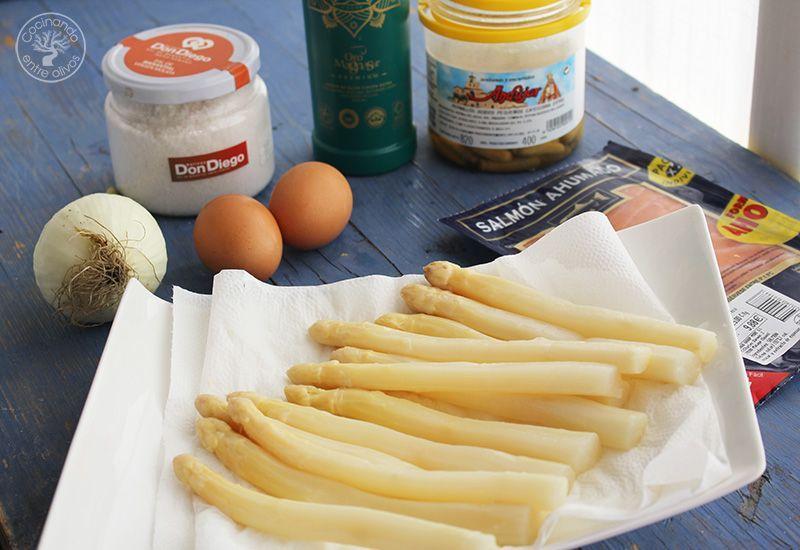 Esparragos blancos con vinagreta de salmon ahumado receta (2)