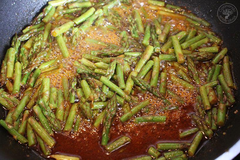 Esparragos verdes esparragados receta www.cocinandoentreolivos.com (7)