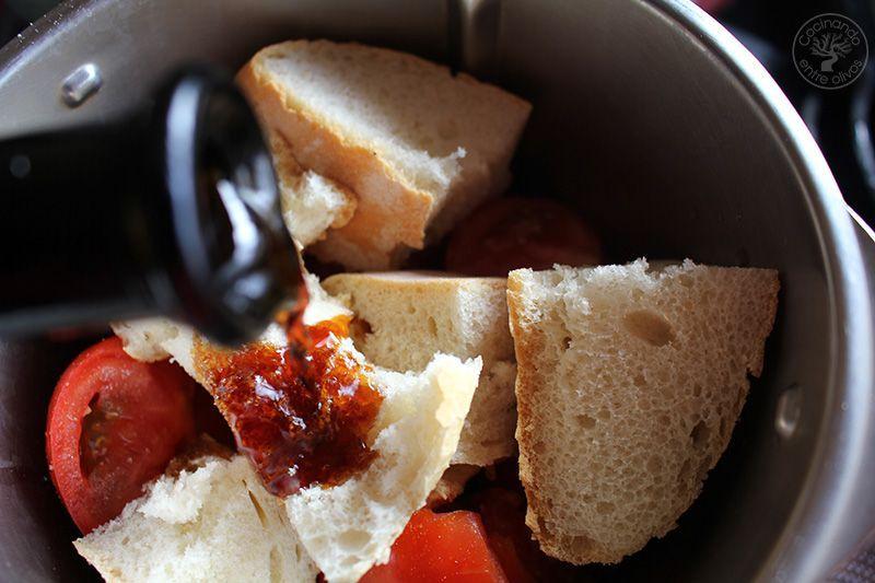 Huevos rellenos de salmorejo y jamon receta (10)