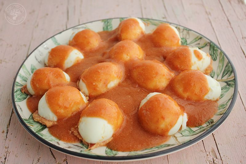 Huevos rellenos de salmorejo y jamon receta (19)