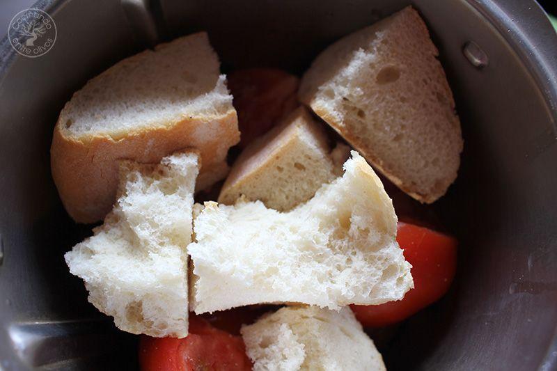 Huevos rellenos de salmorejo y jamon receta (9)