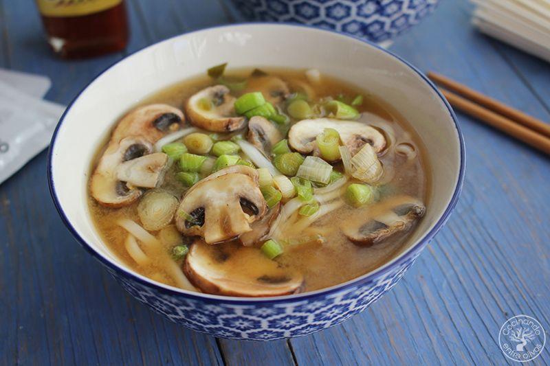 Sopa de miso con fideos udon receta www.cocinandoentreolivos.com (14)