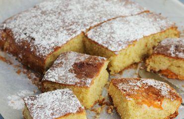Bizcocho de albaricoques www.cocinandoentreolivos.com (15)